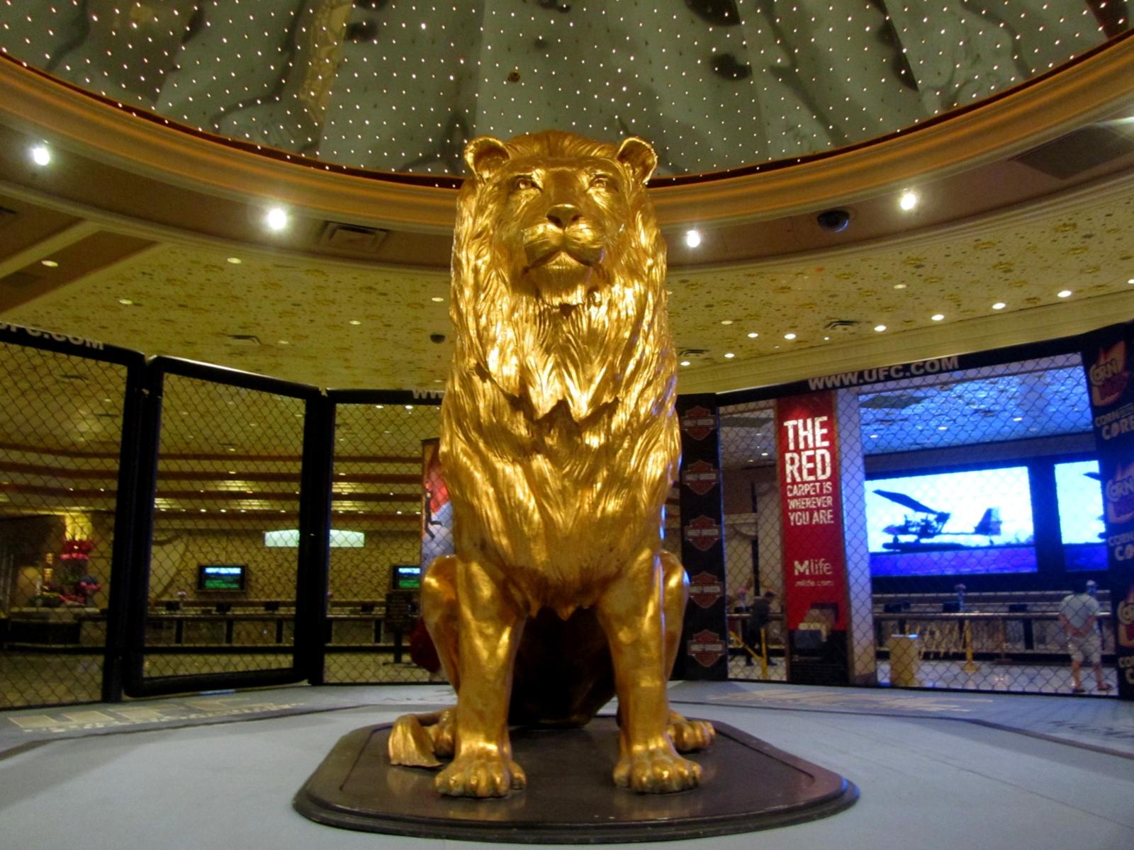 Gold Lion Statue Labels: golden golden mayer: imgarcade.com/1/gold-lion-statue