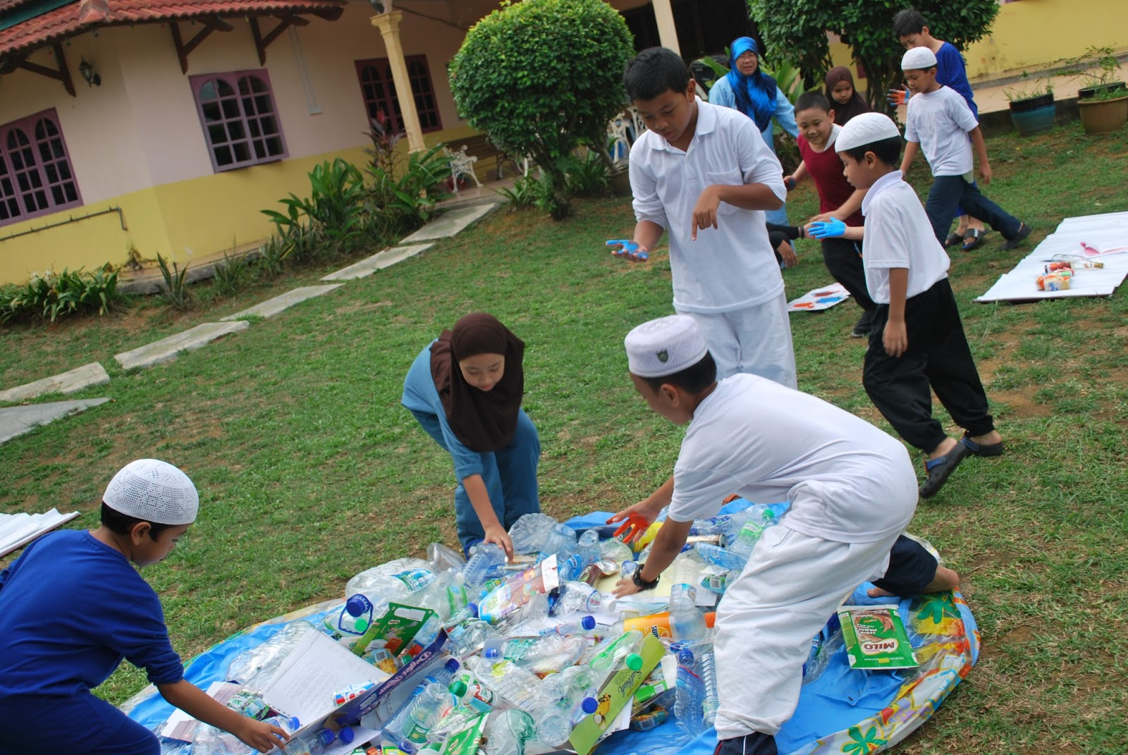PUSAT KITAR SEMULA PKSUKM BANDAR BARU BANGI UKM  : DSC0174 from pksukm.blogspot.com size 1600 x 1071 jpeg 399kB