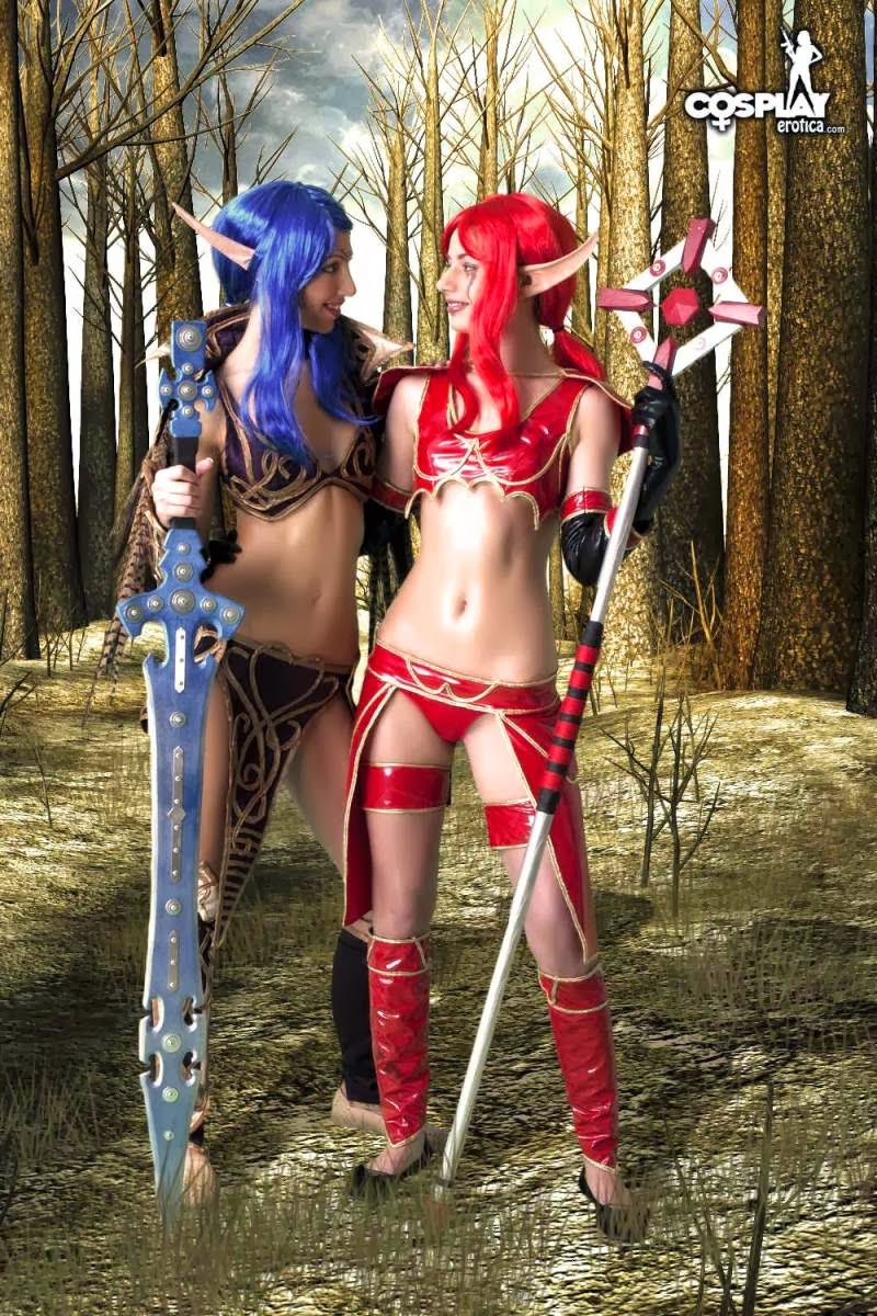 Naked blue elf cosplay exposed images