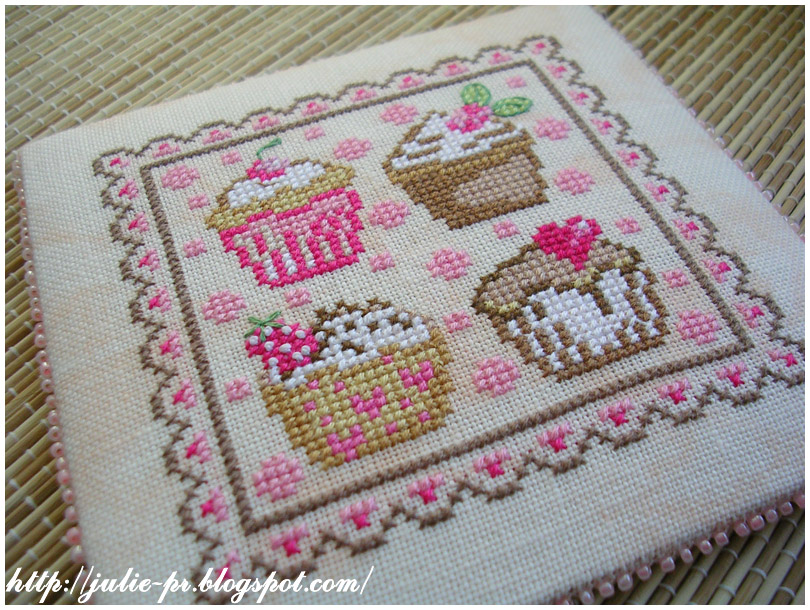 Cupcakes fruit rouge pinkeep cross stitch пинкип вышивка пирожное