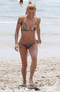 Michelle Hunziker on the beach in Miami