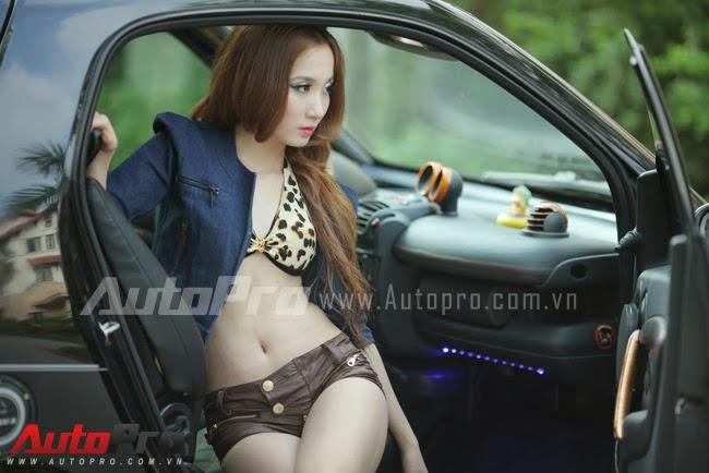 Chân dài Việt