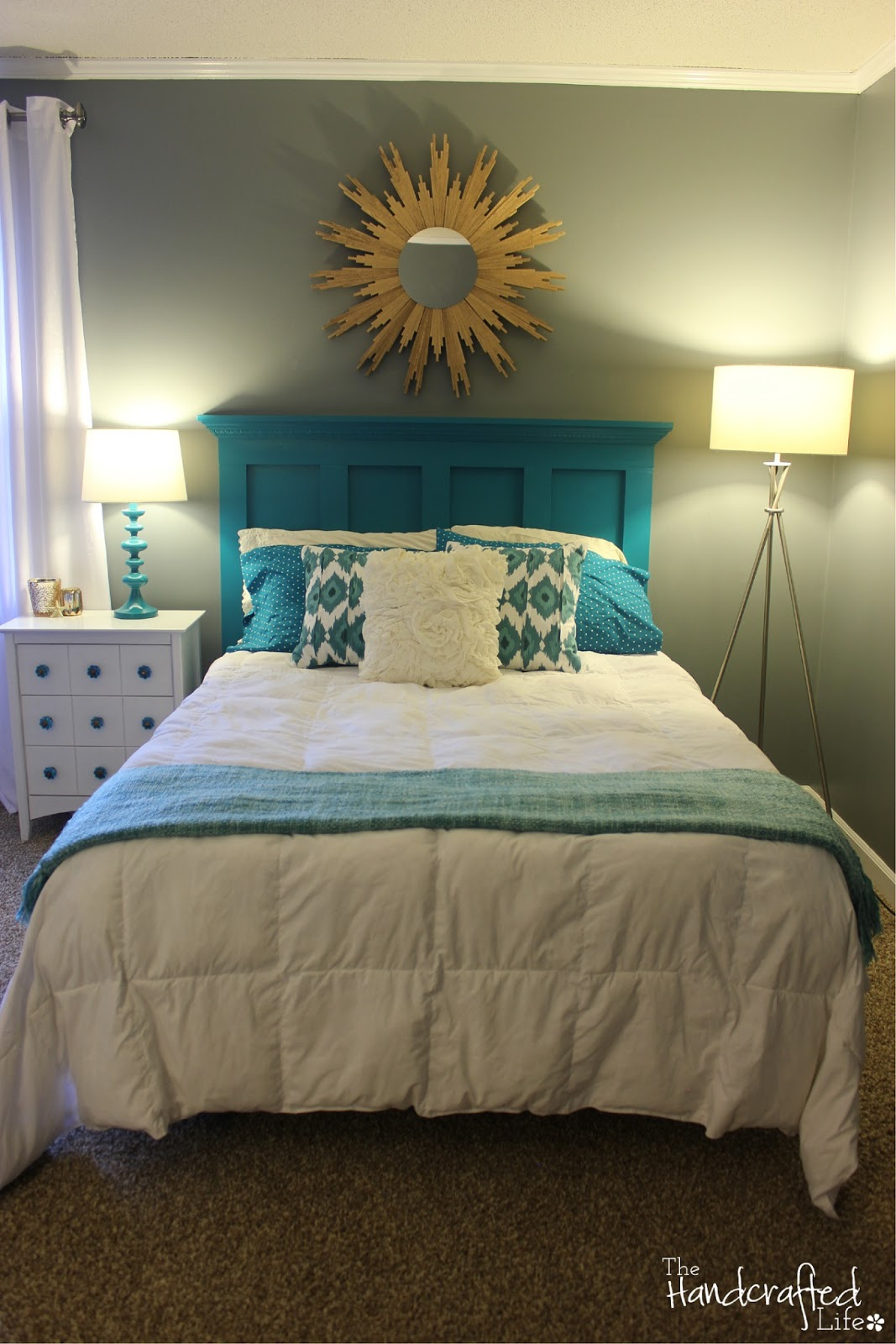 the handcrafted life teal white and grey guest bedroom reveal. Black Bedroom Furniture Sets. Home Design Ideas