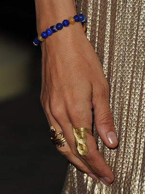 Uma Thurman Gold Cocktail Ring