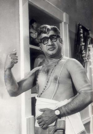 Shivaji Ganesan in 'Viyatnam Veedu' Movie