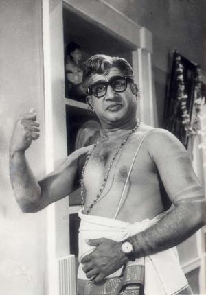 Shivaji Ganesan in 'Viyatnam Veedu' Movie