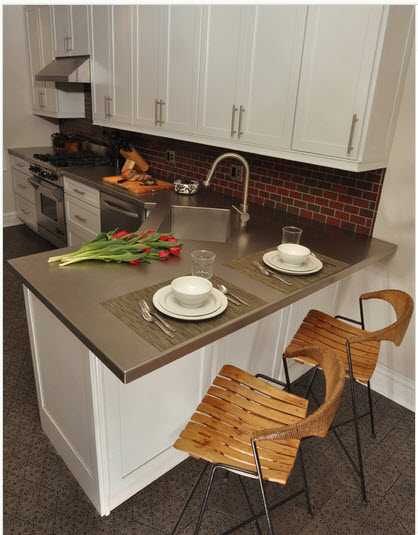 Dise o de cocina peque a con ideas y fotos construye hogar for Cocinas modernas pequenas para apartamentos con desayunador