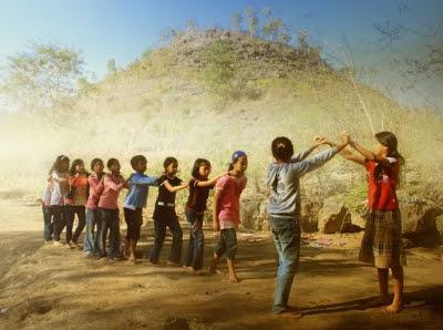 Permainan Anak-Anak Zaman Dulu - Generasi Bahagia Itu Adalah Generasi Kelahiran 1950 - 1980