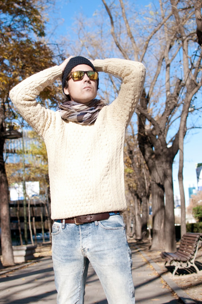 Wool Sweater for winter sunny days