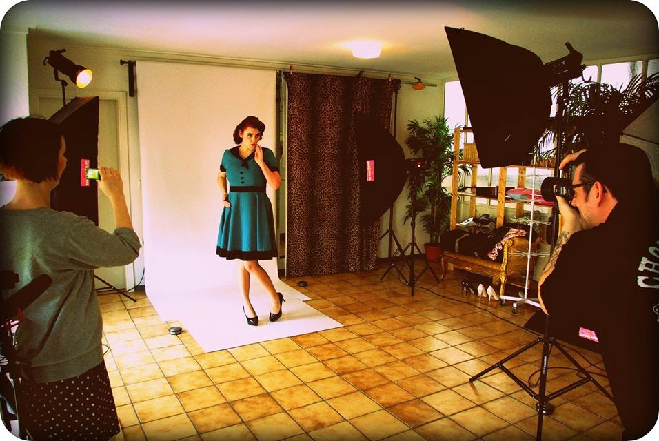 The pin up diaries sari the german pin up girl trailer for Lucky lola