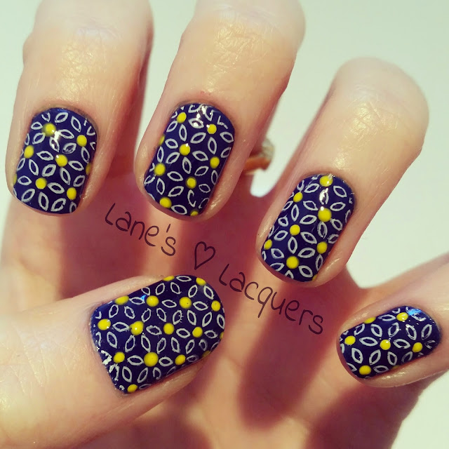 barry-m-you-drive-me-navy-daisy-nail-art