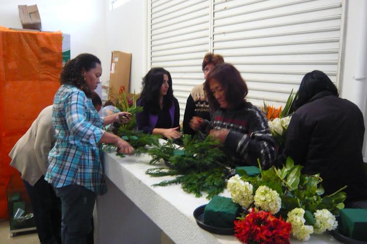 Aula Pratica Curso de Arte Floral Segunda Edição .