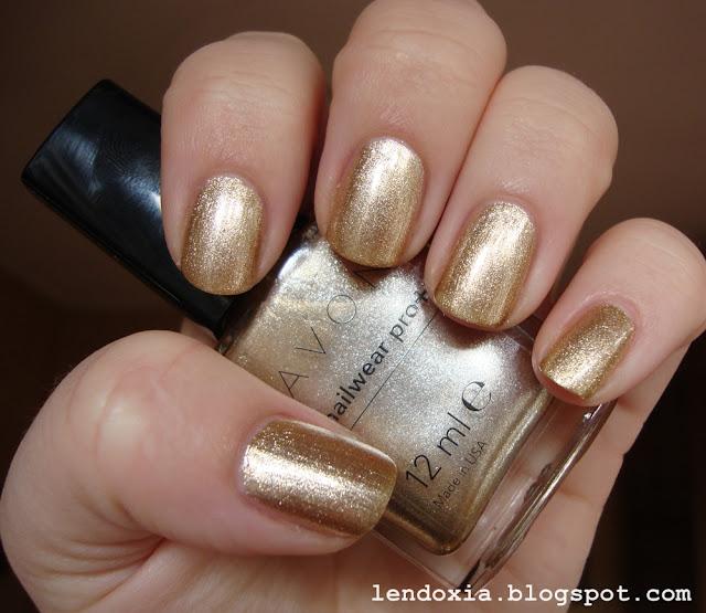 avon zlatni lak za nokte