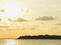 Eksotiknya Pulau Seribu Bidadari