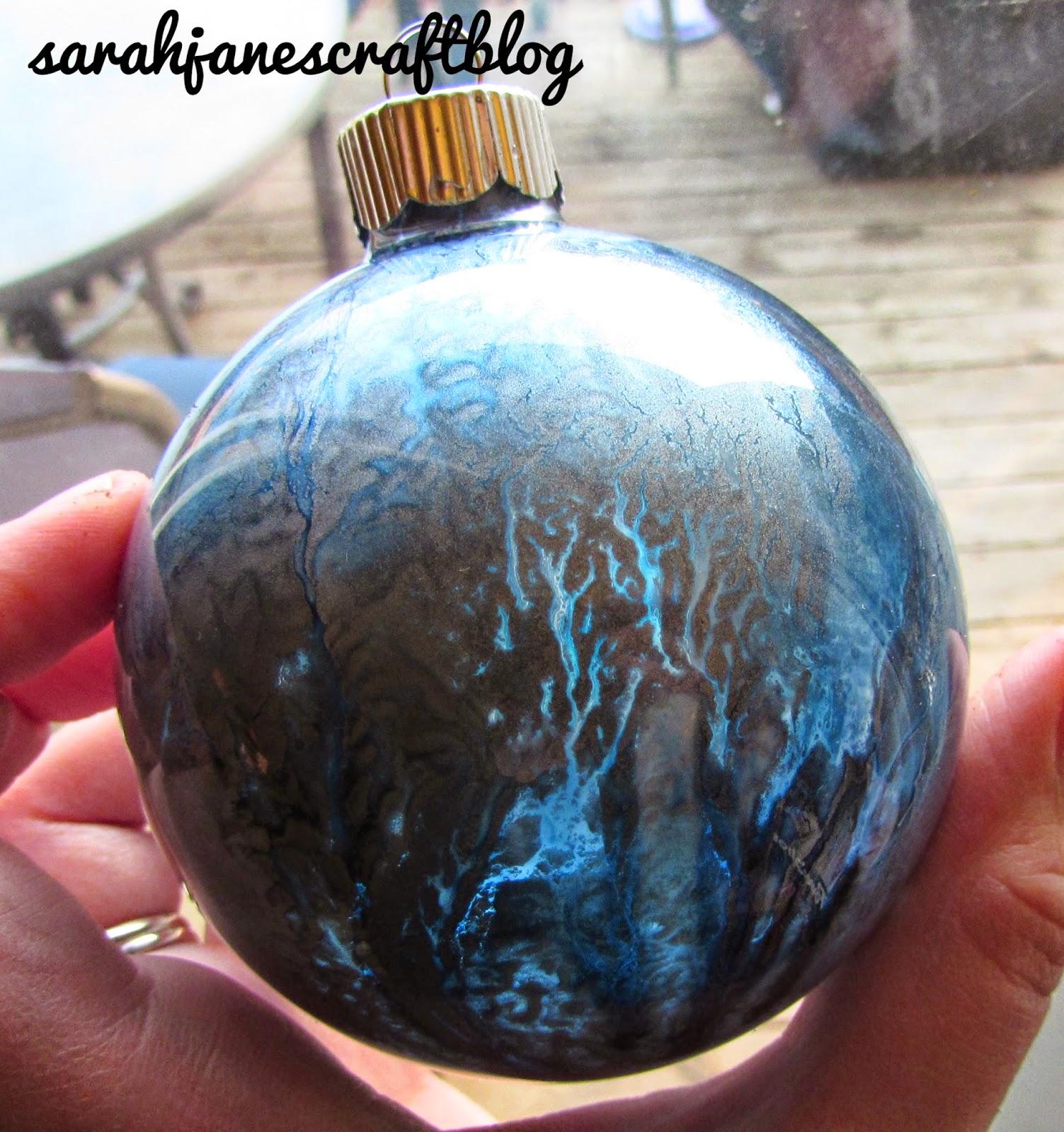 Sarah jane 39 s craft blog craft revisit alcohol ink glass for Glass christmas balls crafts