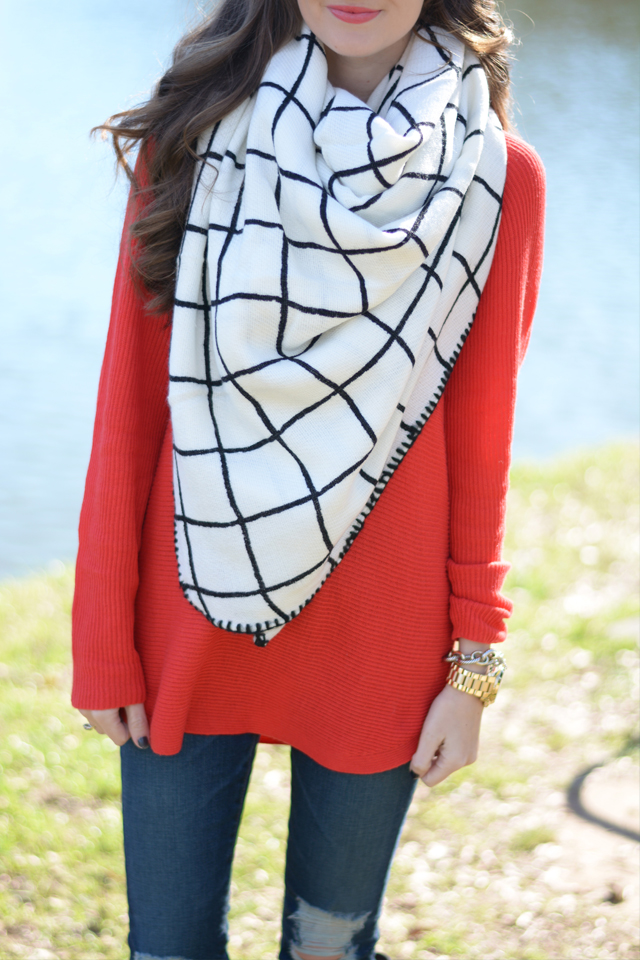 In love with this blanket scarf!