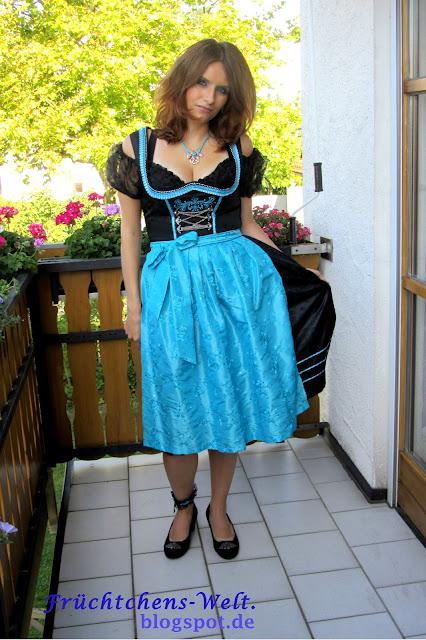 Fesches Dirndl Outfit STOCKERPOINT