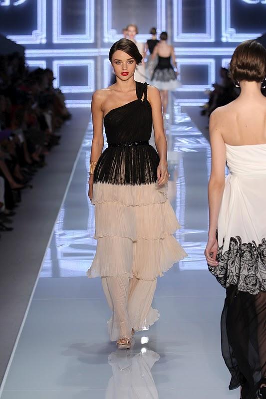 Miranda Kerr – Christian Dior Spring-Summer 2012 Fashion Show