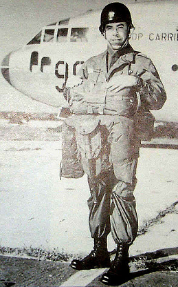 2da GUERRA MUNDIAL (01/09/1939-02/09/1945 (6 años, 1 día)) ,Major General Padre FRANCIS L. SAMPSON