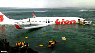 Foto Pesawat Lion Air Jatuh di Laut Bali