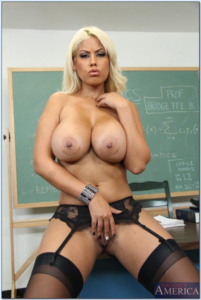 Порно фото училок с большими сиськами