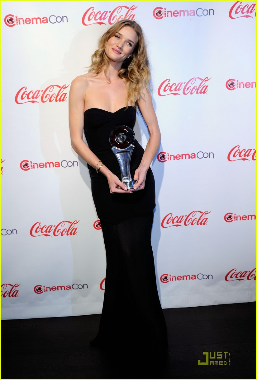 CinemaCon Awards 2011 :Rosie Huntington-Whiteley