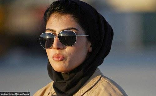 Niloofar Rahmani Pilot Wanita Yang Tercantik di Afghanistan