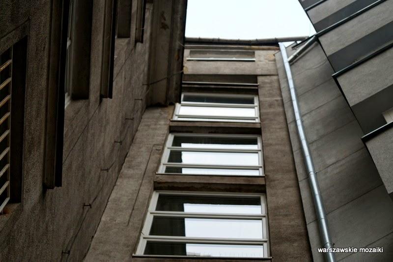 Warszawa Śródmieście kamienica Ptaszycki Kraskowski klatka schodowa modernizm zabytek okna