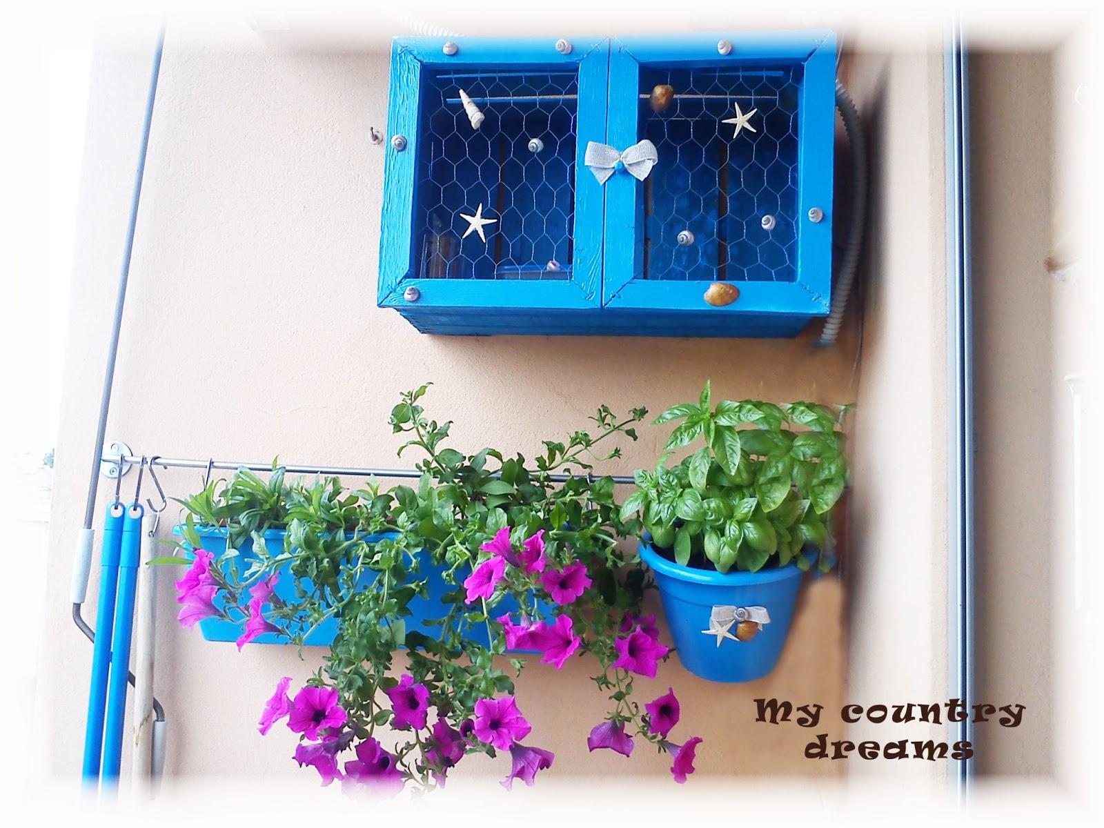 Un cuore country giardino verticale in balcone for Giardino verticale balcone