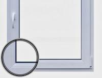 Szare uszczelki (grafitowe) w oknach PCV
