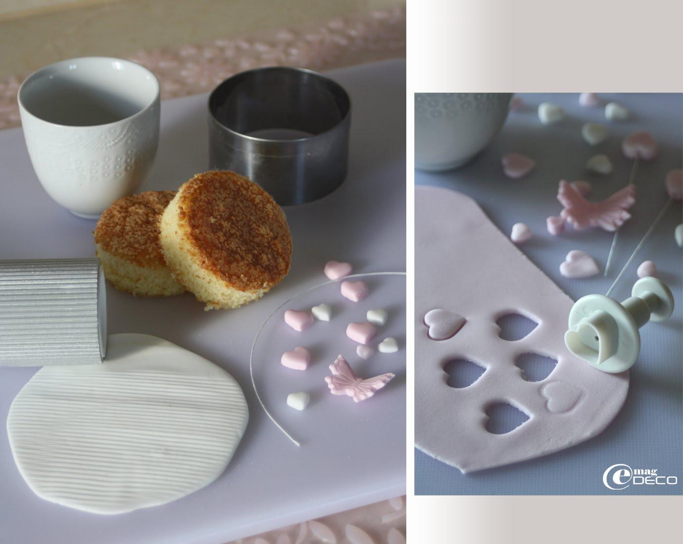 Étapes de création d'un cupcake décoré de pâte à sucre et présenté dans une tasse
