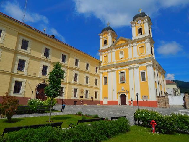A Márianosztrai kegytemplom és a Márianosztrai Fegyház és Börtön épülete