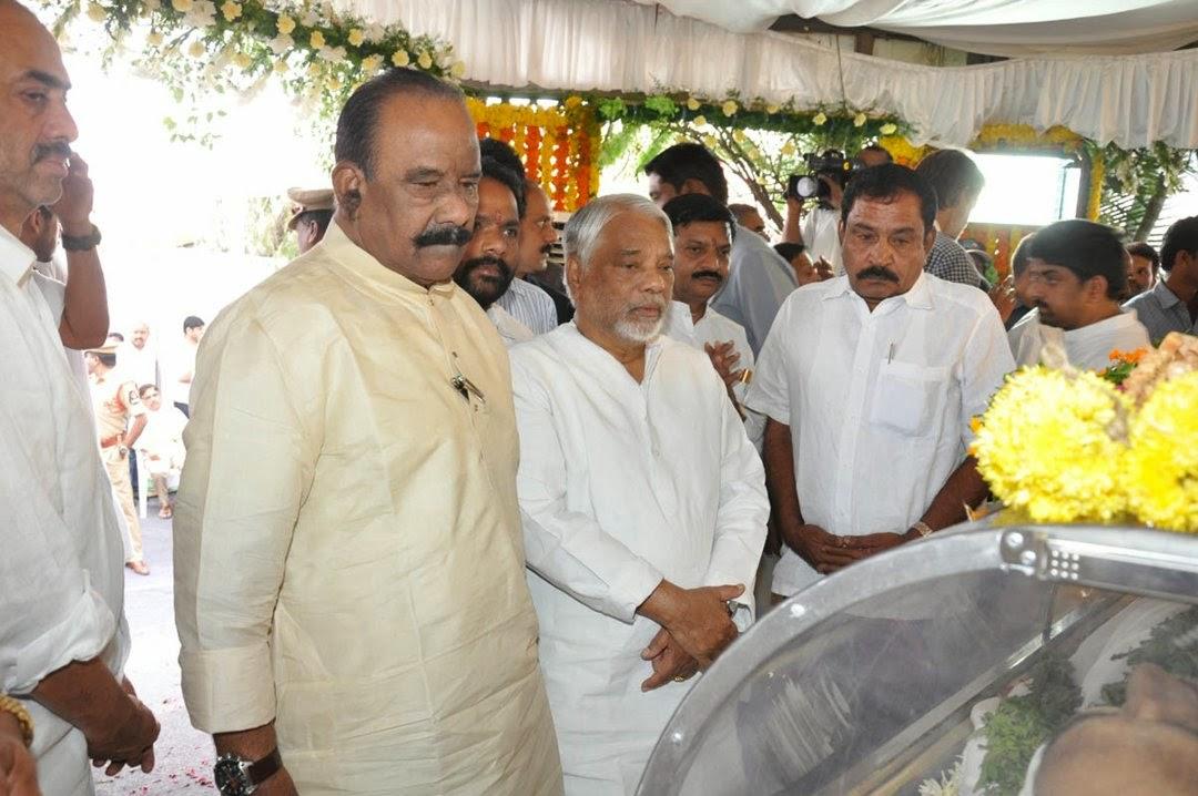 Celebs Pay Homage to Rama Naidu-HQ-Photo-103