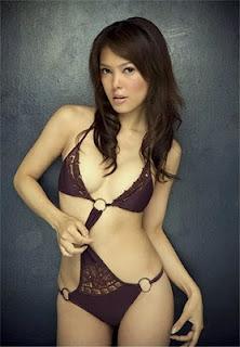 Cathy Saron Foto Bikini Session