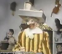 Primeiro comercial do Ronald McDonald na TV americana em 1963.