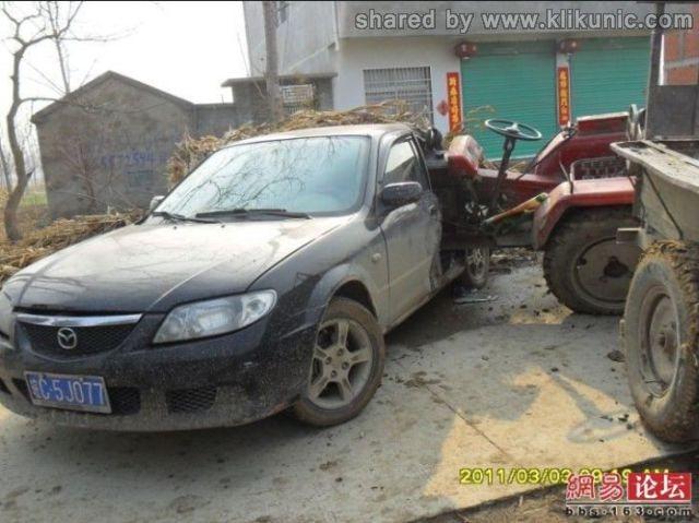 http://2.bp.blogspot.com/-a_w2VQiDMCY/TXhQI4o0UaI/AAAAAAAAQj4/cpsgXQO9vYc/s1600/the_tractor_and_640_02.jpg