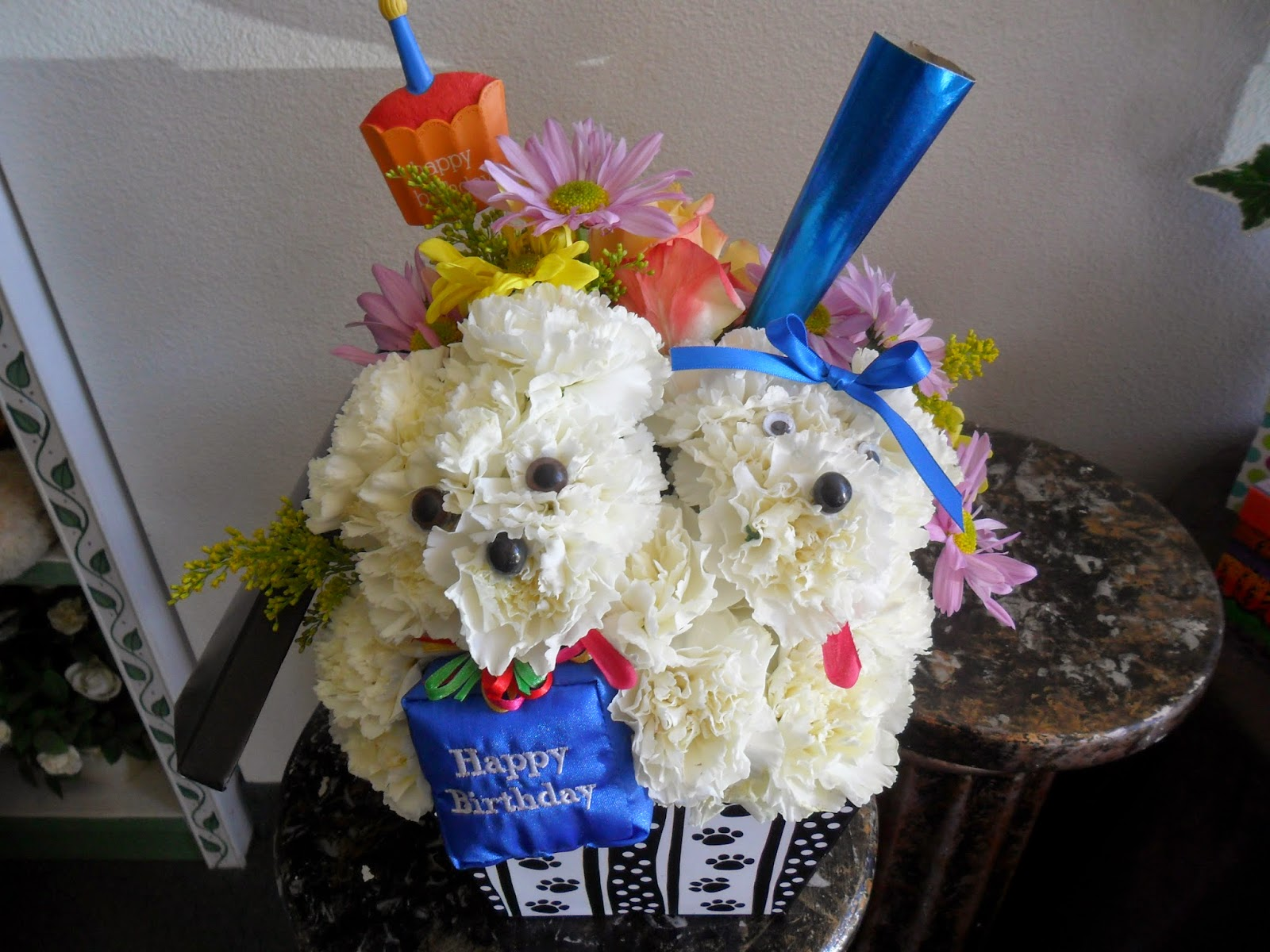 A Beautiful Bouquet Florist Providing Birthday Floral Arrangement