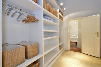 entr mpeln richtig ausmisten the wardrobe organizer. Black Bedroom Furniture Sets. Home Design Ideas