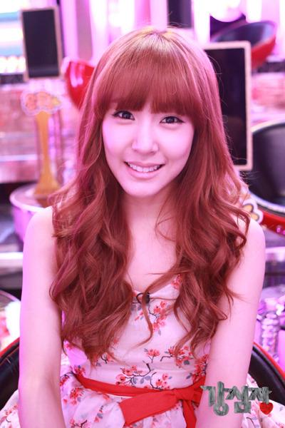 Tiffany @ Imagenes oficiales de SBS Strong Heart  120420sh