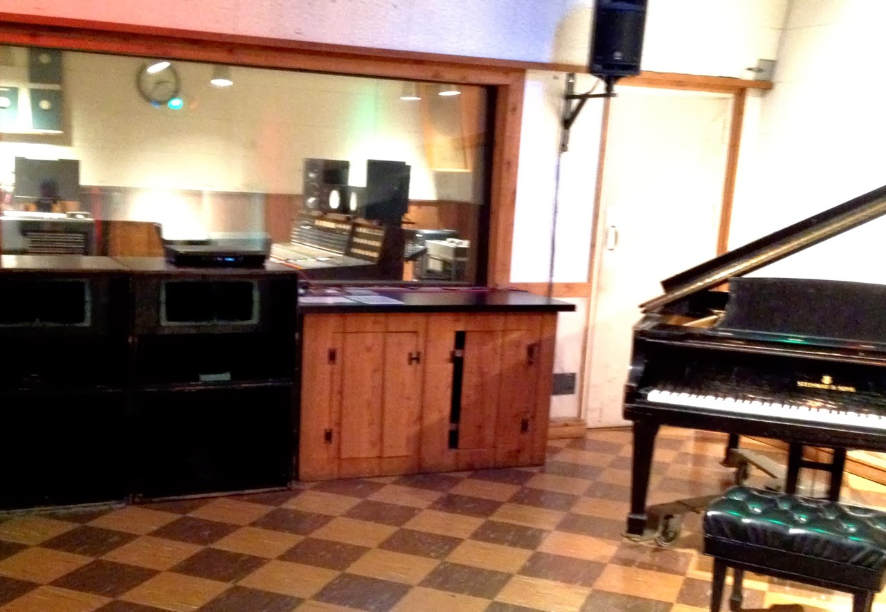 The Elvis Cabinet at RCA Studio B image
