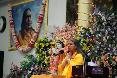 Thanksgiving retreat with Siddheshvari Devi at Radha Madhav Dham 2