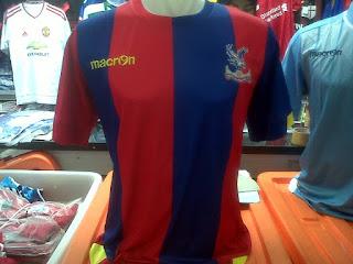 gamabr desain terbaru dan bocoran jersey resmi Jersey Crystal Palace FC home terbaru musim 2015/2016 di enkosa sport toko jersey terpercaya