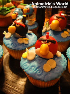 Angry Birds cupcakes from Little Miss OC's Kitchen