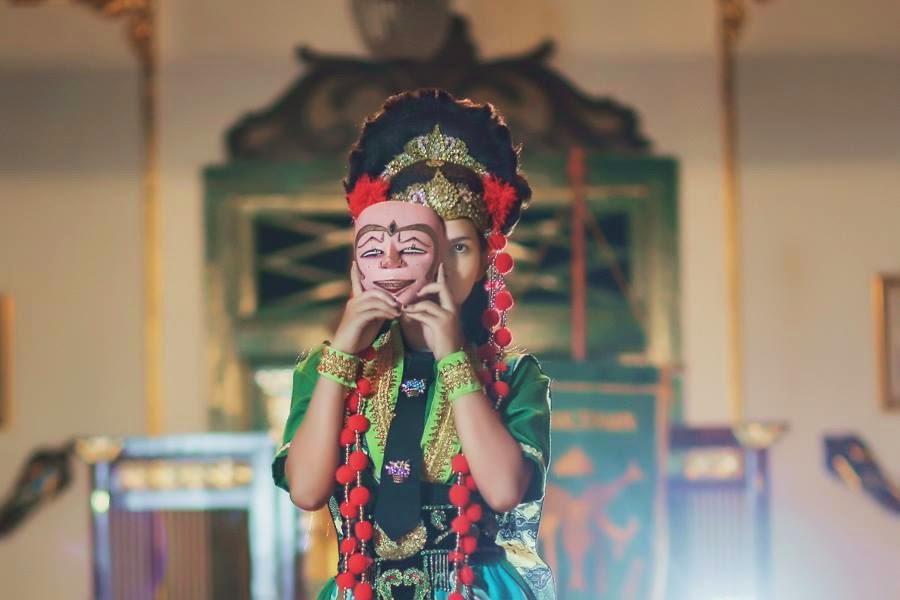 Tari Topeng Cirebon