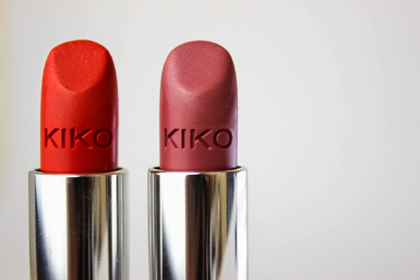 KIKO Velvet Matte Lipsticks Review Swatch 605 Orange Red 613 Pink Carnation 1
