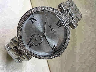 Jam Tangan Guess Simple Diamond Circle