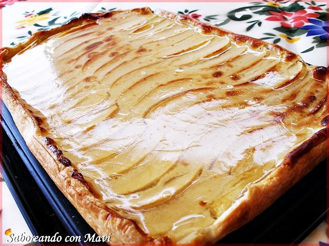 Tarta de manzana con miel, canela y limón