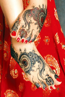 Designer-Mehndi-for-Hands-&-Feet