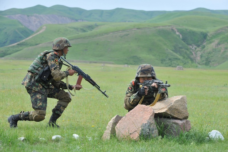 Kirghizie Kyrgyz+%2527Scorpion%2527+special+forces+soldiers+exercise+at+the+Ala-Too++%25282%2529