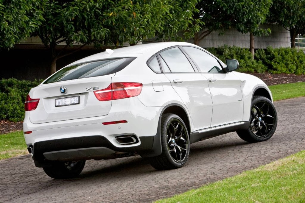 bmw x4 car review prices features wallpapers. Black Bedroom Furniture Sets. Home Design Ideas